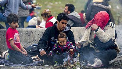 Diario de las 2 - Austria anuncia la construcción de una valla para ordenar el tránsito de refugiados - Escuchar ahora