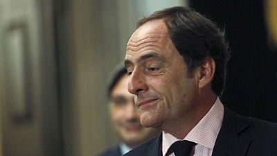 Radio 5 Actualidad - Toma posesión el gobierno d Passos Coelho, con la amenaza de una moción de rechazo - Escuchar ahora
