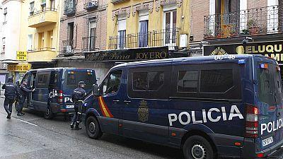 Diario de las 2 - La Policía Nacional detiene en Málaga a una mujer supuestamente vinculada al Estado Islámico - Escuchar ahora