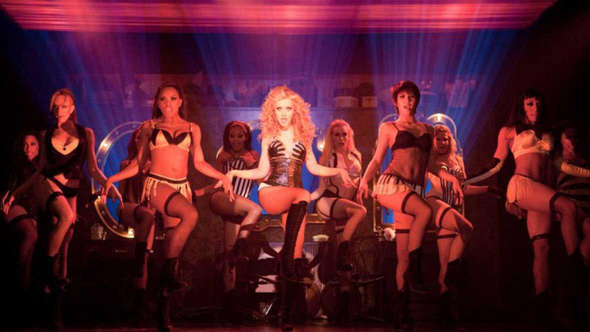 Reportajes Emisoras - Barcelona - Aprender Burlesque - 10/11/15 - escuchar ahora