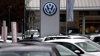 Radio 5 Actualidad - Volkswagen, imputado por delitos contra los consumidores, el medio ambiente y la hacienda - Escuchar ahora