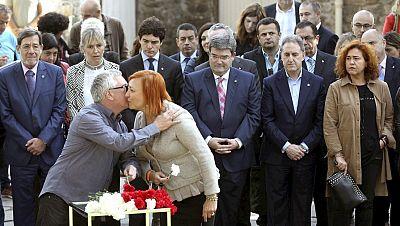 Diario de las 2 - El Parlamento Vasco conmemora el Día de la Memoria - Escuchar ahora