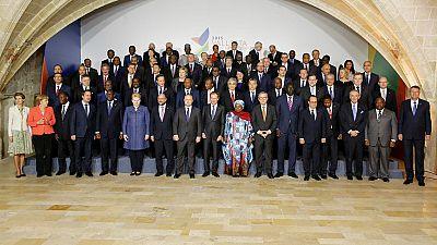 Las mañanas de RNE - La UE busca un acuerdo con los países africanos para reducir la llegada de inmigrantes - Escuchar ahora