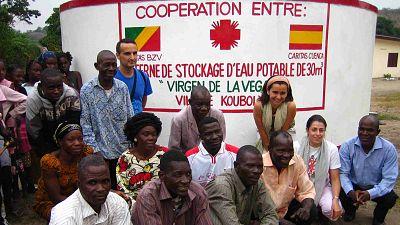 Entre paréntesis - Cáritas Cuenca cumple 10 años cooperando con el Congo como una sola familia - Escuchar ahora