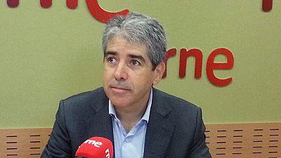 Boletines RNE - Francesc Homs opina que hay tiempo de llegar a un acuerdo con la CUP para la investidura de Artur Mas - Escuchar ahora