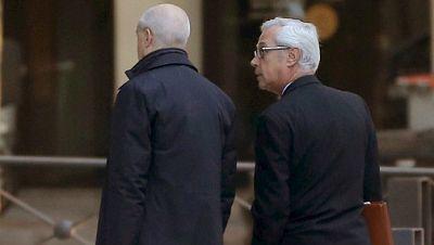Boletines RNE - Declaran en la AN los expertos contratados por Rato para la salida a bolsa de Bankia - Escuchar ahora