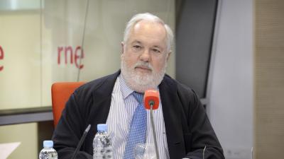 Las mañanas de RNE - Cañete destaca el nivel de compromiso actual contra el cambio climático - Escuchar ahora