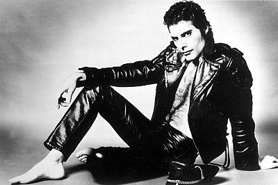 Reportaje sobre la figura de Freddie Mercury con motivo de su fallecimiento