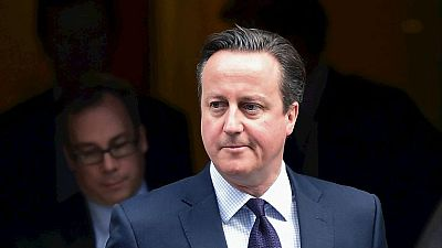 Boletines RNE - Cameron pide bombardear al EI en Siria - 26/11/15 - Escuchar ahora