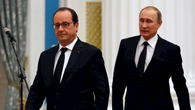 Las mañanas de RNE - Hollande recibe el apoyo de Putin en la ofensiva antiterrorista - Escuchar ahora