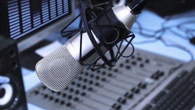 Amigos de Radio Exterior de España - Conferencia de Investigación de Radio 2015 - 30/11/15 - escuchar ahora