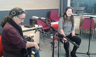"Luar na Lubre nos presenta ""Extra:mundi"" - escuchar ahora (27/11/15)"
