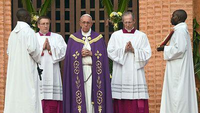 Diario de las 2 - Concluye el viaje del papa Francisco a África - Escuchar ahora