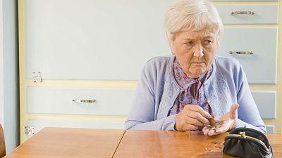 Boletines RNE - La OCDE advierte sobre la calidad de vida de los jubilados - 01/12/15 - Escuchar ahora
