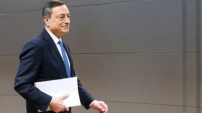 Entre paréntesis - El BCE prolonga el programa de compra de deuda hasta marzo de 2017 - Escuchar ahora