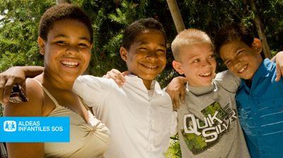 Mundo solidario - Colaboración de KidsBrain con Aldeas Infantiles - 13/12/15 - escuchar ahora