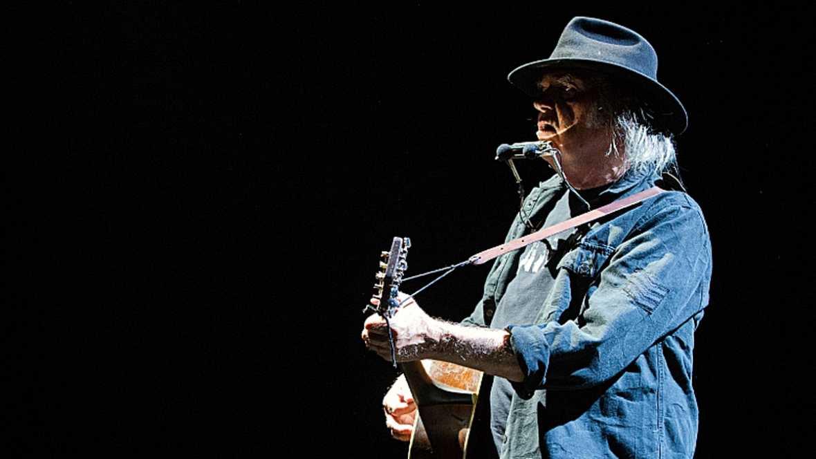 6 x 3 - Neil Young en directo - 05/01/16 - escuchar ahora