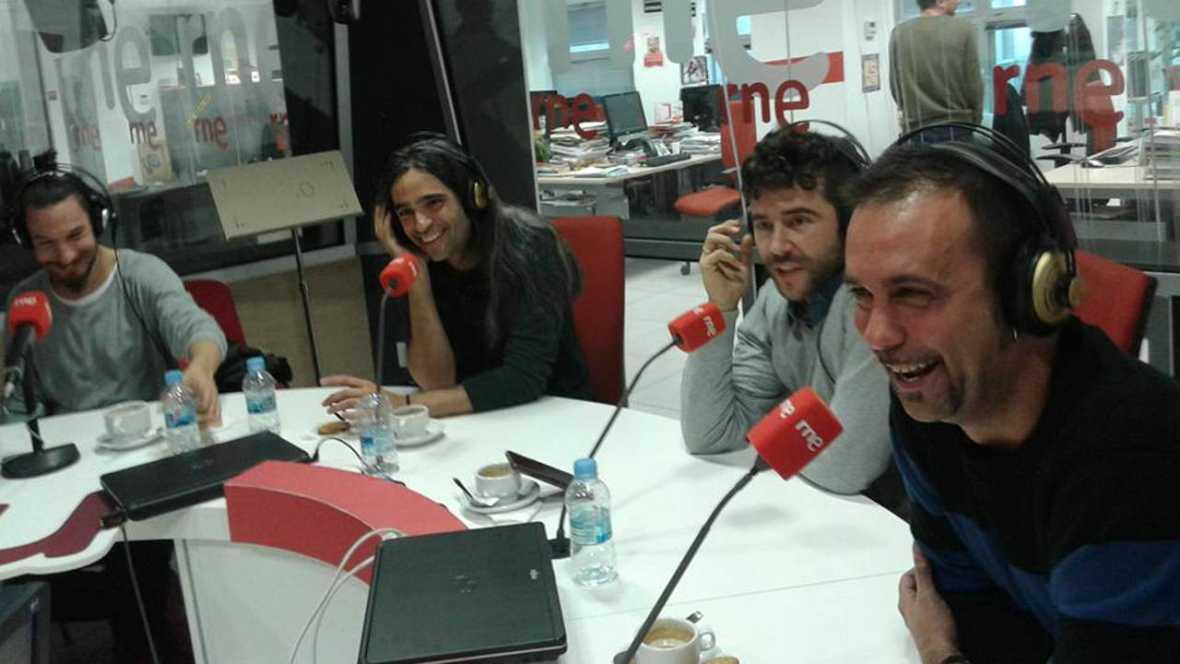 Beatriz Carvajal y Montse Plá, unidas también sobre las tablas y especial 'Cervantina', de Ron Lalá - Escuchar ahora