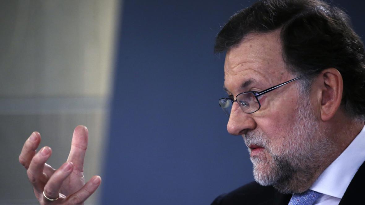 Boletines RNE - Rajoy insiste en su oferta al PSOE y C's - Escuchar ahora