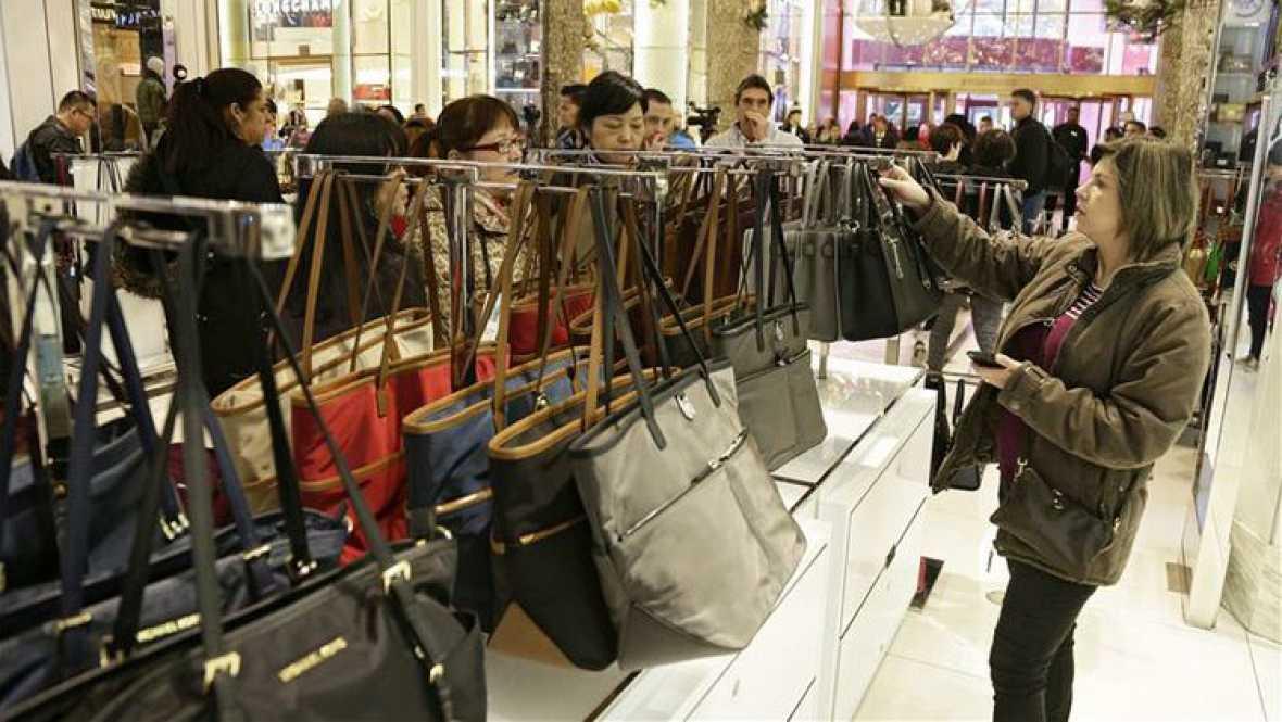 Punto de enlace - Incremento del gasto navideño de los consumidores - 05/01/16 - escuchar ahora