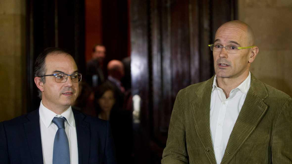 Boletines RNE - Siguen las negociaciones entre Junts pel Sí y la CUP - Escuchar ahora
