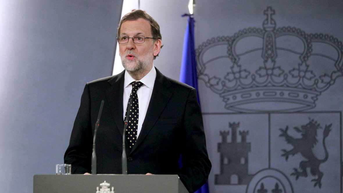 Rajoy vigilará los pasos del Govern y mantendrá informados a Sánchez y Rivera - Escuchar ahora