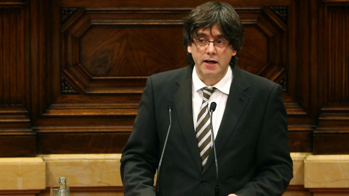 """Las mañanas de RNE - Puigdemont promete """"dejarse la piel"""" por la secesión"""