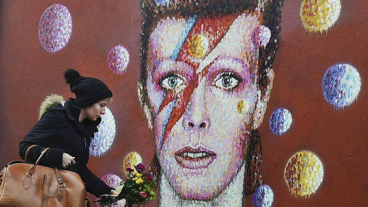 Las mañanas de RNE - Adiós a David Bowie, uno de los nombres más grandes de la música contemporánea - Escuchar ahora