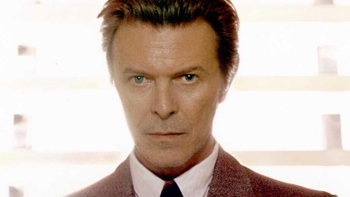 Retromanía - David Bowie, el experimento y el tiempo - Escuchar ahora