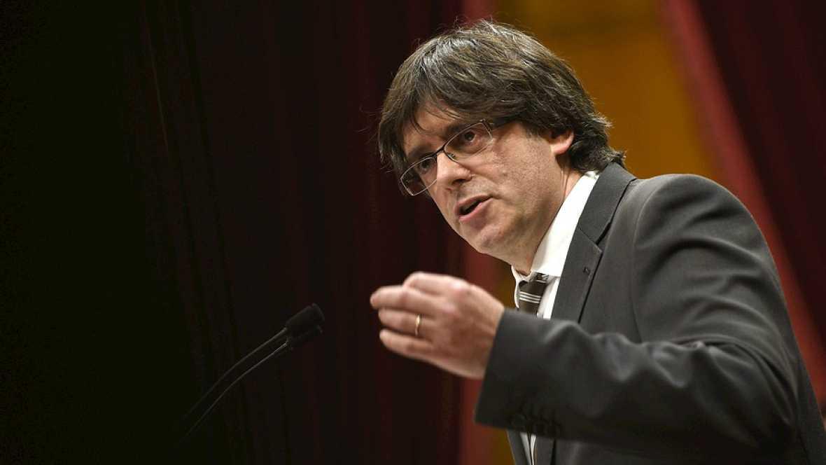 Diario de las 2 - Puigdemont toma posesión de su cargo como president de la Generalitat - Escuchar ahora