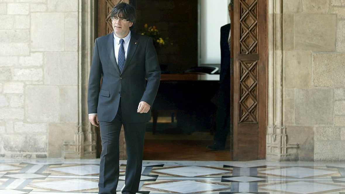 Las mañanas de RNE - El Gobierno de Cataluña presidido por Puigdemont toma posesión - Escuchar ahora