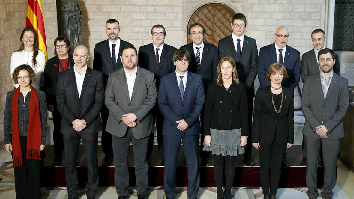 Diario de las 2 - Primera reunión del Gobierno de Puigdemont - Escuchar ahora
