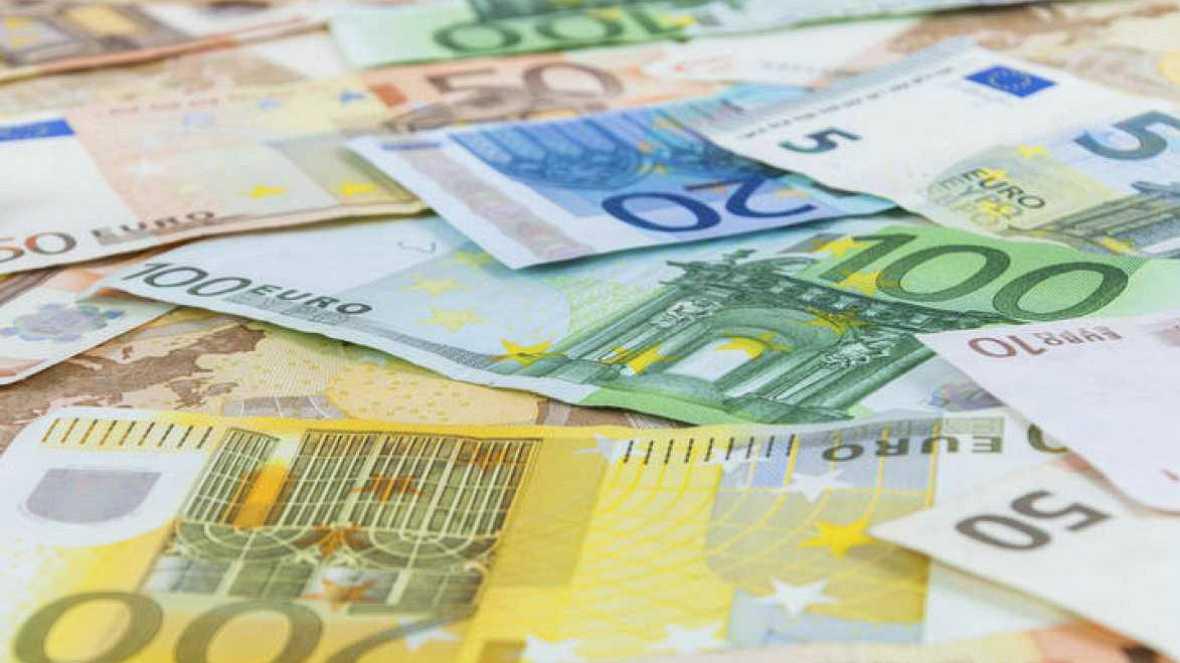 Boletines RNE - La deuda pública roza el 100% del PIB - Escuchar ahora