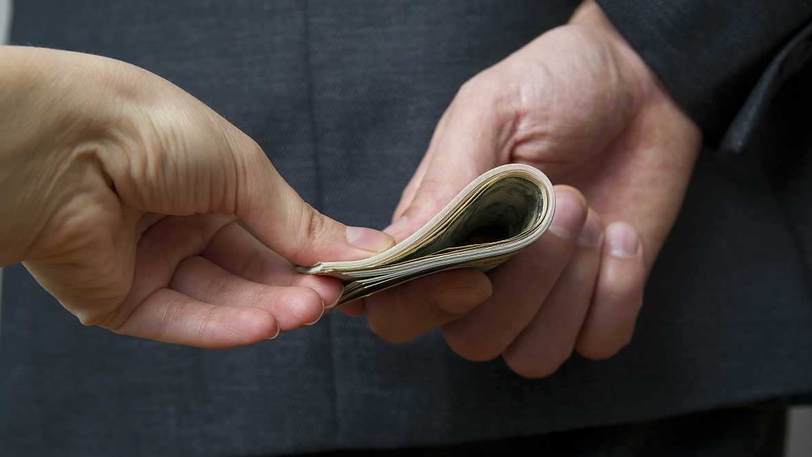 Diccionario económico - Blanqueo de dinero - 15/01/16 - Escuchar ahora
