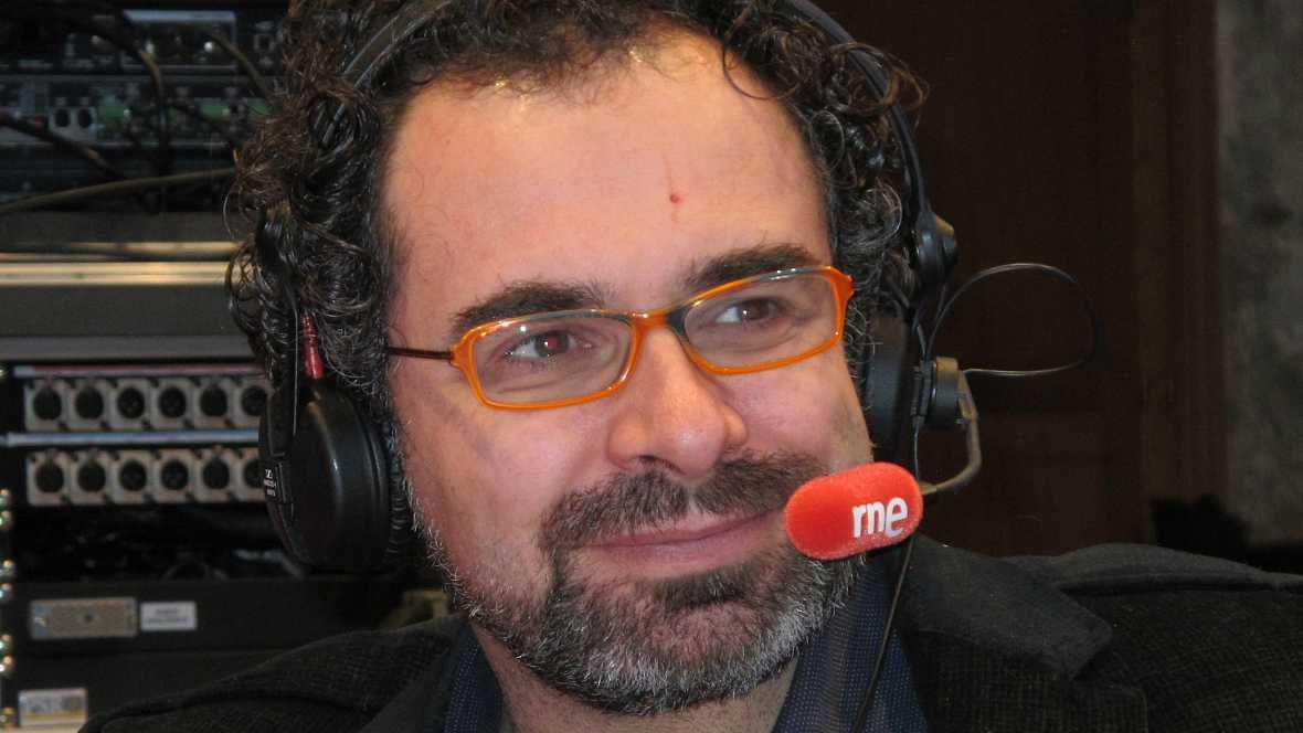 Entrevista a Mago More - Escuchar ahora
