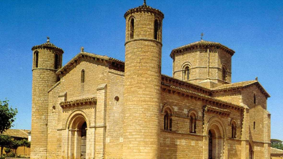 España vuelta y vuelta - Cultur viajes, 15 itinerarios por la historia de dentro y fuera de España - Escuchar ahora
