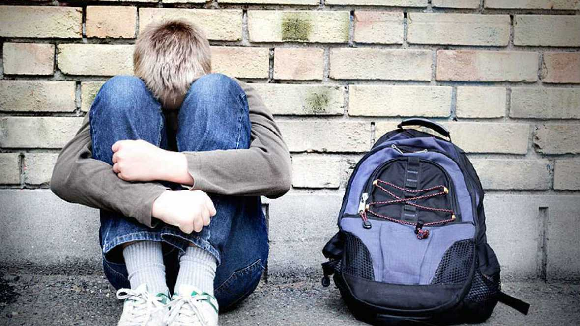 Radio 5 Actualidad - Acoso escolar: La importancia de escuchar a los niños - 21/01/16 - Escuchar ahora