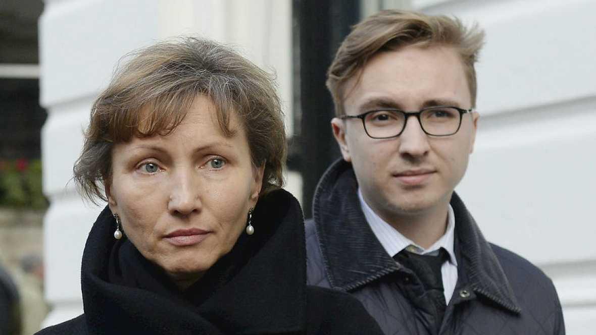 """Boletines RNE -  La familia del exespía Litvinenko escucha de la justicia británica que Putin """"probablemente"""" aprobó el asesinato - 21/01/16 - Escuchar ahora"""