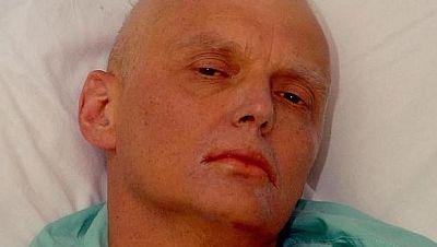 "Entre paréntesis - Putin aprobó ""probablemente"" el asesinato de Litvinenko  - Escuchar ahora"