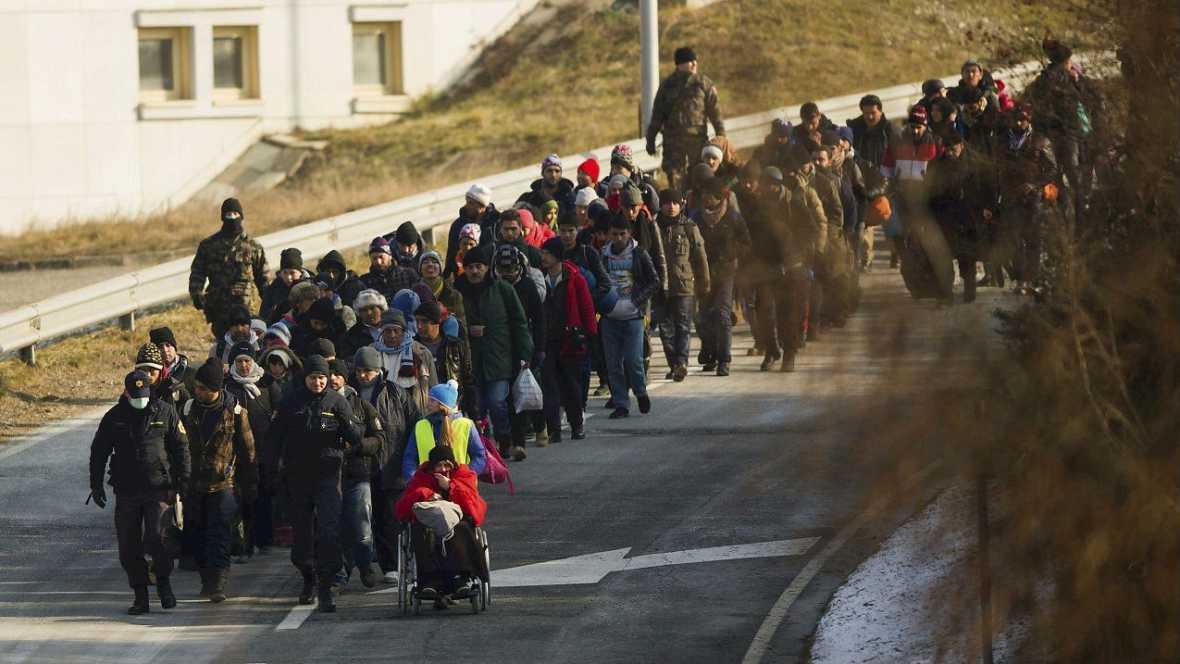 Informativos fin de semana - 24 horas - Bruselas debate sobre fronteras interiores por los refugiados - Escuchar ahora