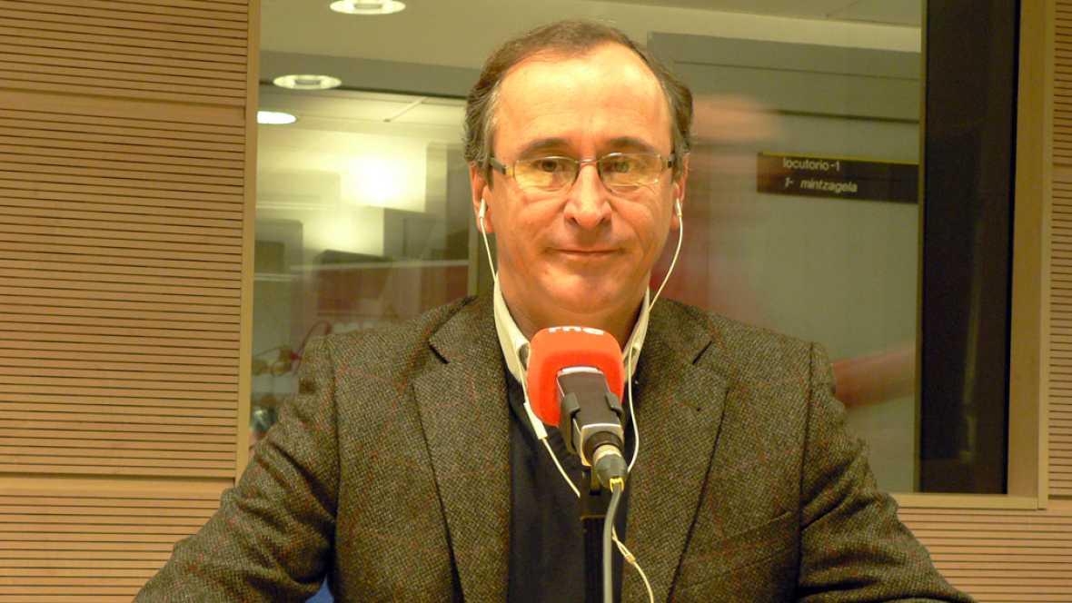 """Las mañanas de RNE - Alonso recrimina a Sánchez que no quiera hablar con """"el primer partido político de España"""" - Escuchar ahora"""