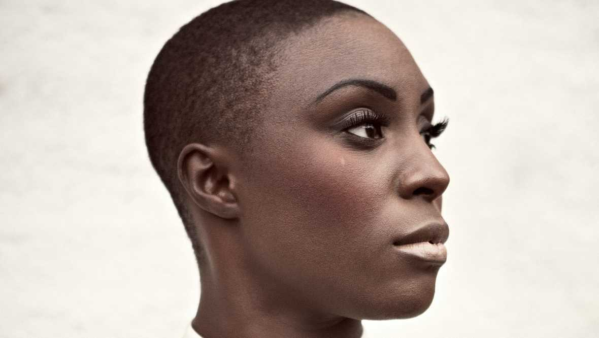 The Selector - Forced Random, Laura Mvula, Sarah Williams White - Escuchar ahora