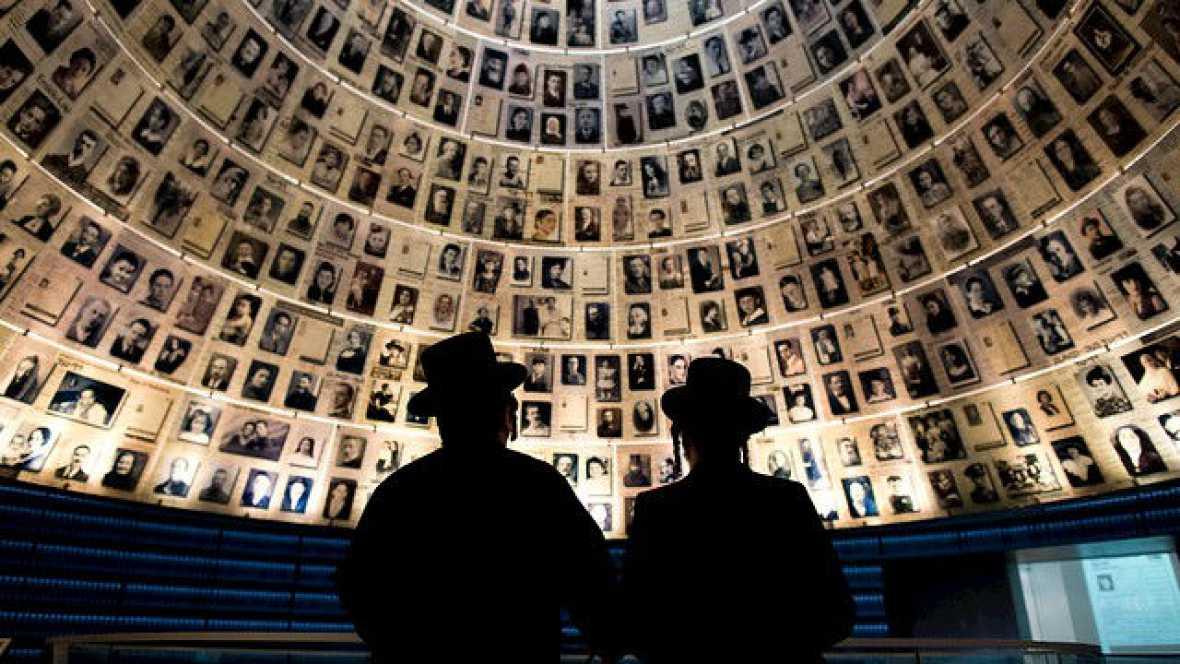 Radio 5 Actualidad - Día Internacional de las Víctimas del Holocausto - 27/01/16 - Escuchar ahora