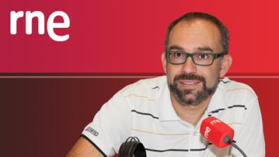El jugador del Barcelona Rakitic, entrevistado en Tablero Deportivo de RNE, tras lograr la clasificación a semifinales de Copa del Rey.