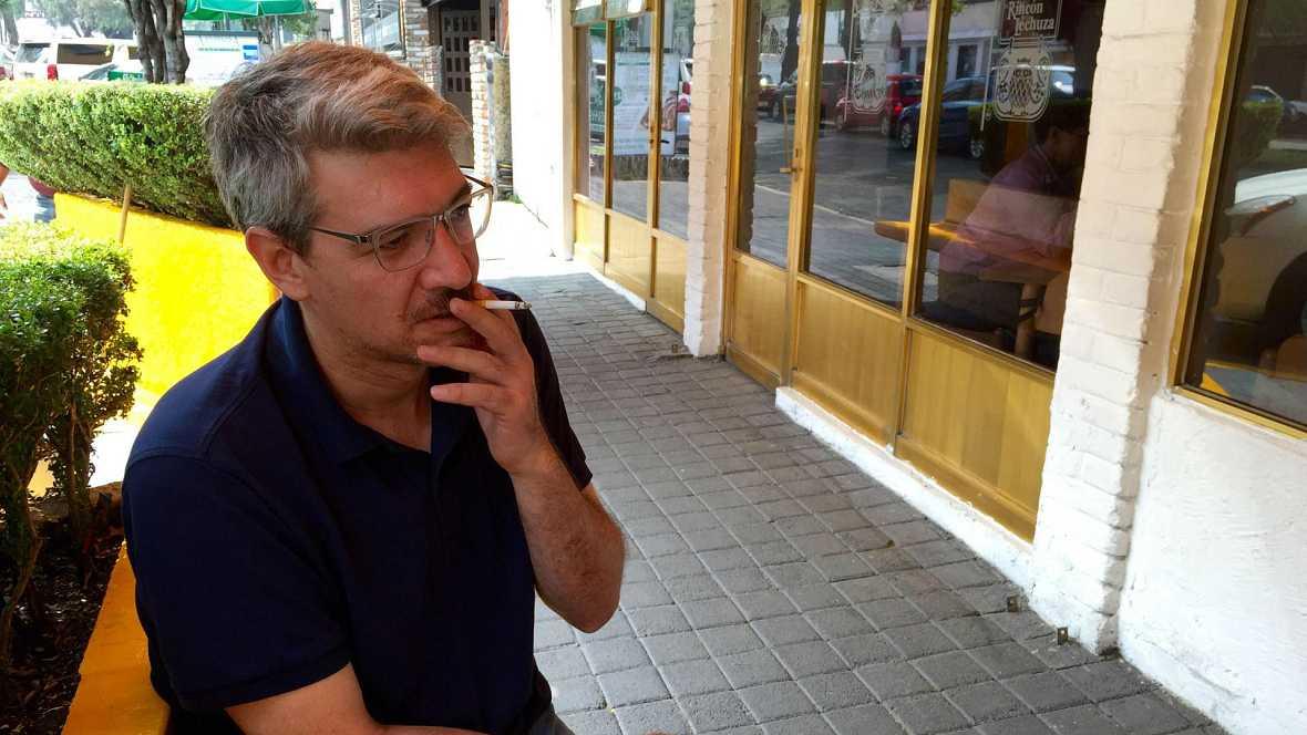 """Libros de arena - """"Las tierras arrasadas"""" del escritor mexicano Emiliano Monge - 30/01/16 - Escuchar ahora"""