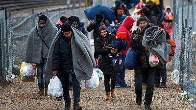Entre par�ntesis - La Conferencia de Apoyo a Siria aportar� 9.000 millones de euros de ayuda econ�mica - Escuchar ahora