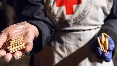 Entre paréntesis - Cruz Roja alerta de que la exclusión financiera se suma a la social - Escuchar ahora