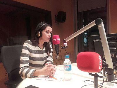 """24 horas - Inés Arrimadas (C's): """"Se ha ido demasiado lejos en Cataluña"""" - 09/02/16 - Esccuhar ahora"""