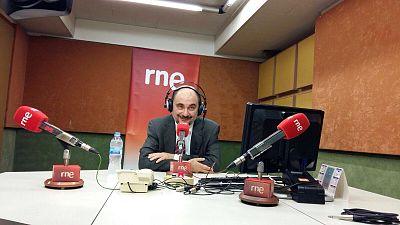 """24 horas - Javier Lambán (PSOE): """"Para poder pactar deben hacerse renuncias"""" - 10/02/16 - Escuchar ahora"""