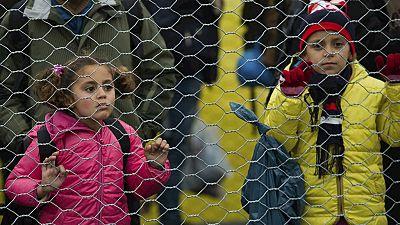 Entre paréntesis - ONG's piden un plan europeo para proteger a los menores refugiados - Escuchar ahora